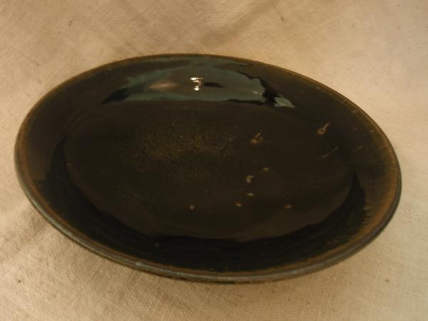 黒い皿_b0132442_15312158.jpg
