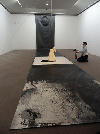 ◆『松谷武判の流れ』展・・・西宮大谷記念美術館_e0154682_16492952.jpg