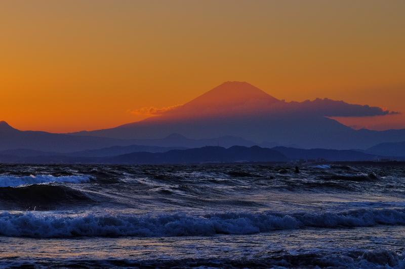 江の島海岸から富士山_c0167028_22405718.jpg