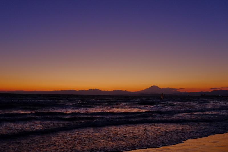 江の島海岸から富士山_c0167028_2241820.jpg