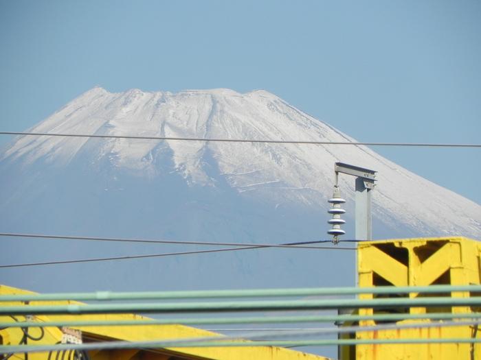 富士山 初冠雪_c0087349_848593.jpg