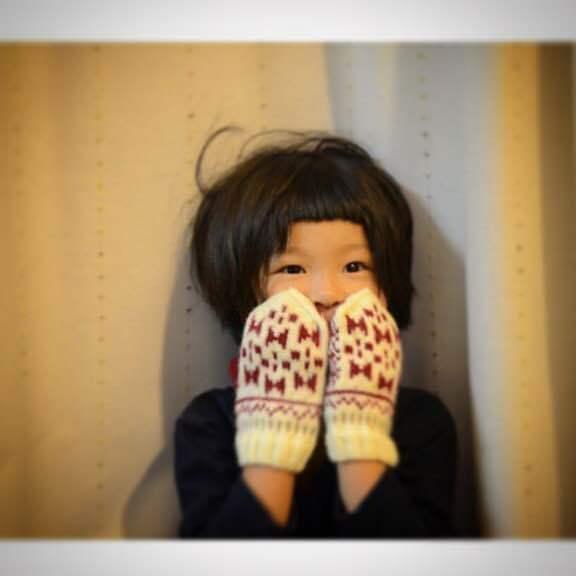 「冬の散歩道」出展者のご紹介 handmade mittens SUNAOさん。_e0060555_15070425.jpg