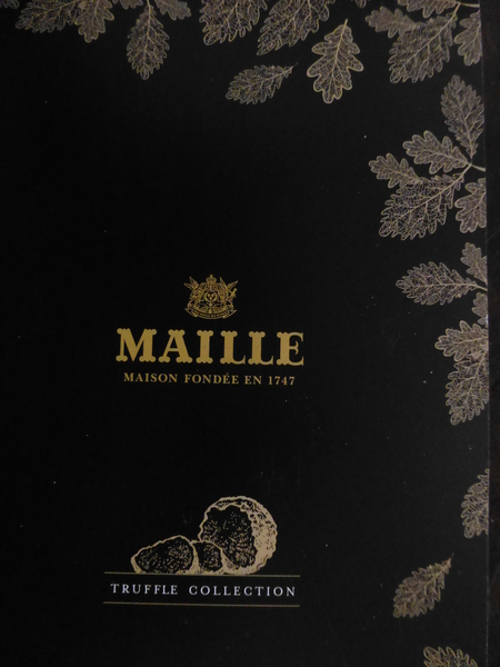 パリシリーズ  パリ・マイユの黒トリュフ_b0011584_7542219.jpg