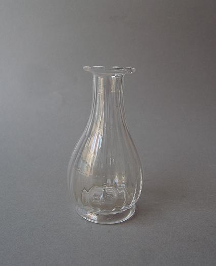 ガラスの一輪挿し_e0111789_9333051.jpg
