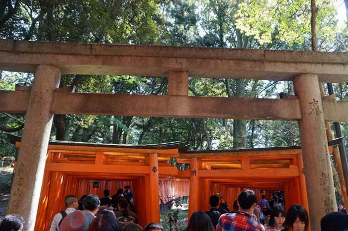 伏見稲荷詣で_e0016894_2364257.jpg