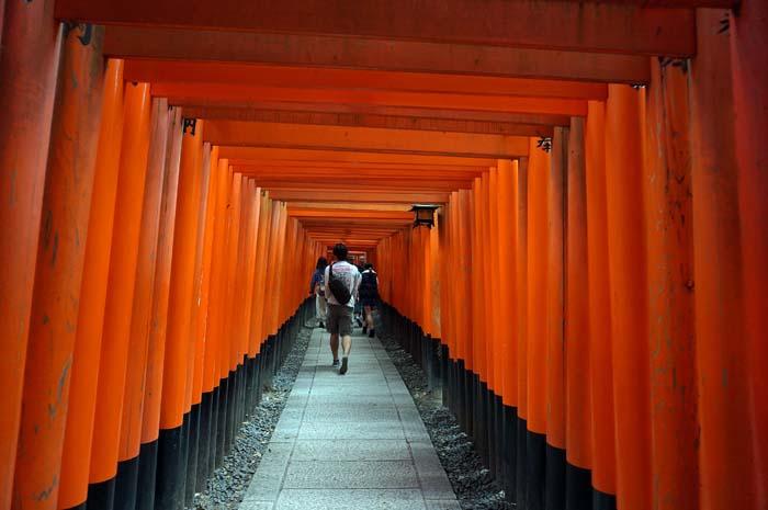 伏見稲荷詣で_e0016894_2365616.jpg