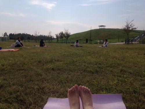park yoga!!_a0185827_15351458.jpg