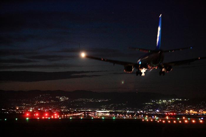 伊丹空港 誘導灯 2_a0294534_19243811.jpg