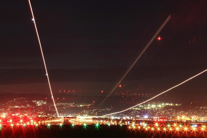 伊丹空港 誘導灯 2_a0294534_19254867.jpg