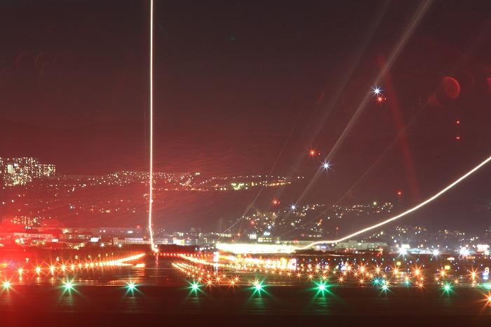 伊丹空港 誘導灯 2_a0294534_19264186.jpg