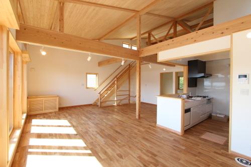 栄町公園の家:2階床下暖冷房概念図_e0054299_11510069.jpg