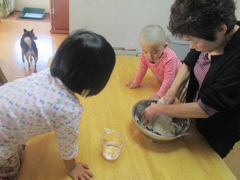 10月15日(火)・・・秋のケーキ_f0202703_4351619.jpg
