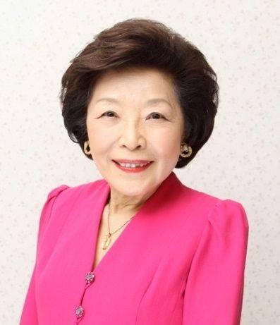今田美奈子先生の 新宿高島屋における40年の集大成「華麗なる薔薇のおもてなし」♡。.゚。*・。♬♪*†_a0053662_17414528.jpg