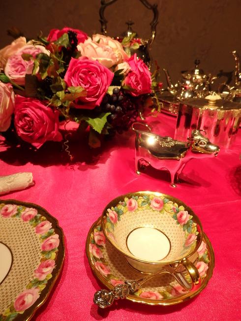 今田美奈子先生の 新宿高島屋における40年の集大成「華麗なる薔薇のおもてなし」♡。.゚。*・。♬♪*†_a0053662_17515982.jpg
