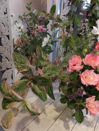 オークリーフ花の教室(山田さんの作品)_f0049672_18102070.jpg