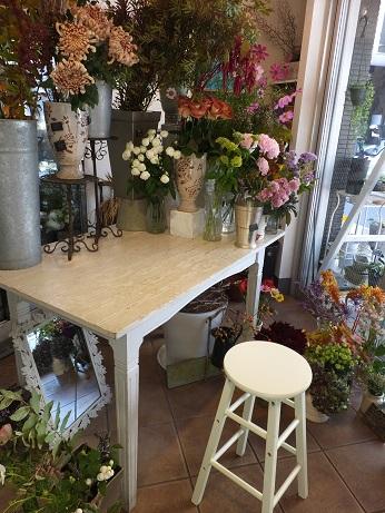オークリーフ花の教室(山田さんの作品)_f0049672_1825122.jpg