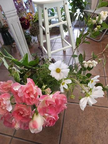 オークリーフ花の教室(山田さんの作品)_f0049672_1825234.jpg