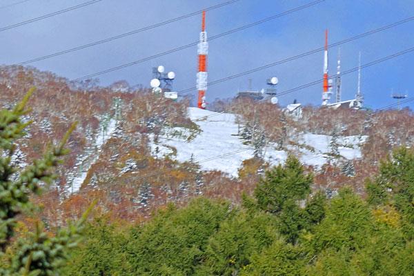 山には雪_d0162994_9442588.jpg