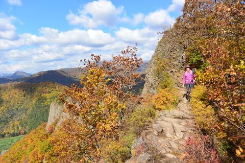 """2015年10月『深秋の八剣山』 October 2015 \""""Mt Hakkenzan (Mt Eight Teeth) in autumn colour\""""_c0219616_1752572.jpg"""