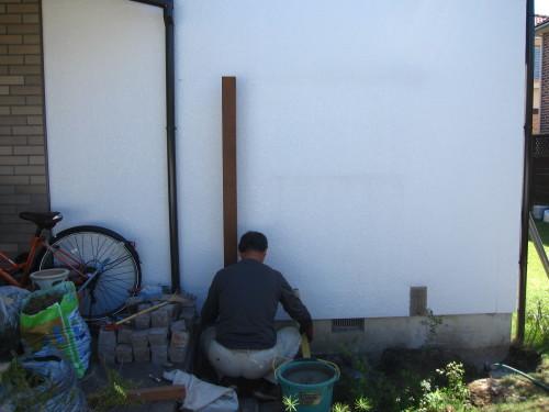 お庭の工事、残すは石貼りのみに。_e0350927_13470995.jpg