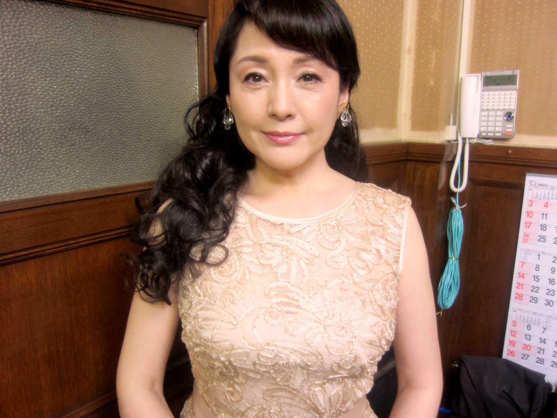 松坂慶子姫は美しいー♪_d0339889_11561621.jpg