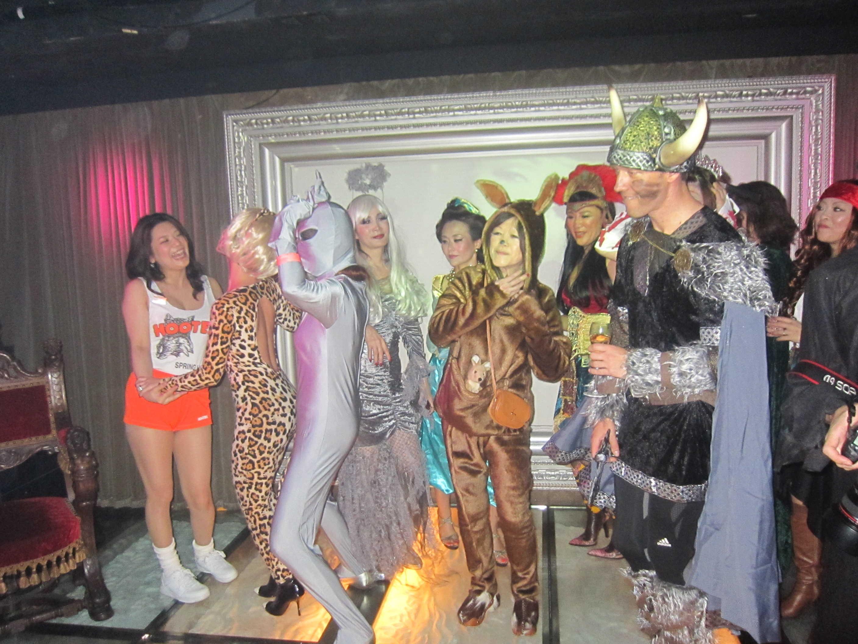 Halloween Partyはどんどん盛り上がるー♪_d0339889_12024177.jpg