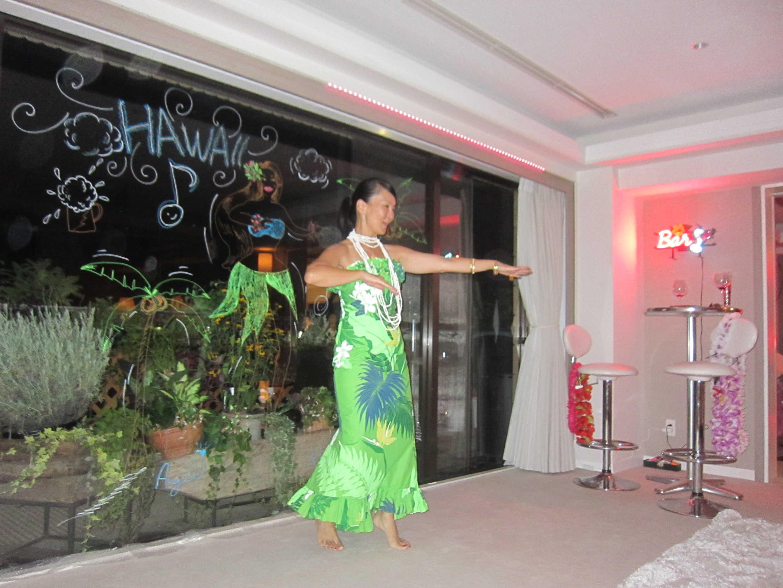 ワーイ、Hawaiian Partyだー♪_d0339889_12032677.jpg