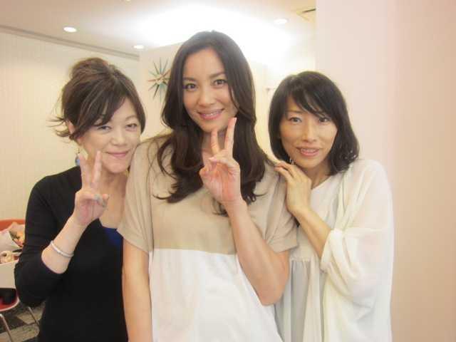 瀬戸朝香姫は、美しくも優しいお母さんです♪_d0339889_12034044.jpeg