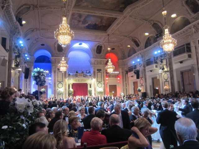 ウィーン 大舞踏会♪_d0339889_12041932.jpeg