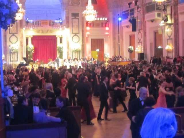 ウィーン 大舞踏会♪_d0339889_12041972.jpeg