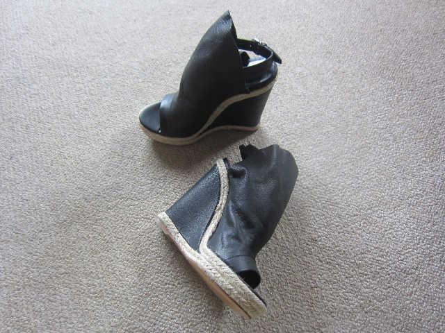あ~っ、靴フェチが止まらない♪_d0339889_12055661.jpg