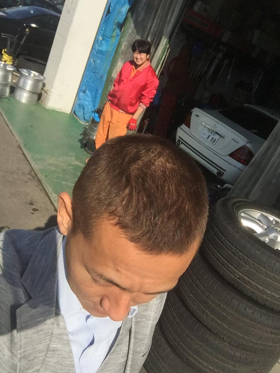 10月17日 店長のニコニコブログ!今日は納車ラッシュです☆_b0127002_2343982.jpg