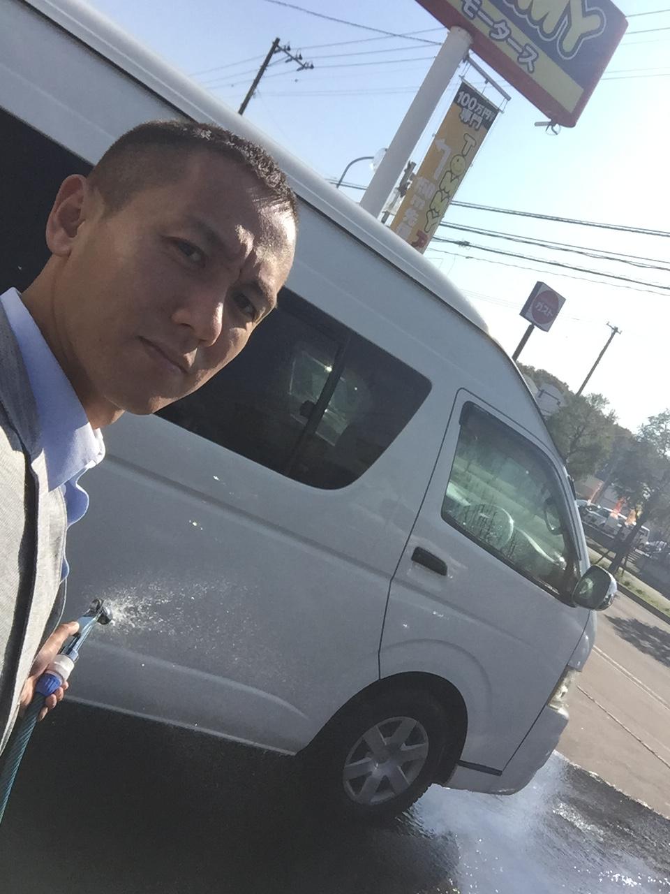 10月17日 店長のニコニコブログ!今日は納車ラッシュです☆_b0127002_23584082.jpg