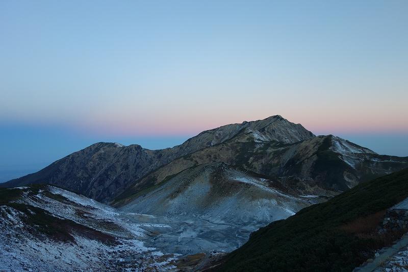 立山の早朝トレッキング_d0116009_738081.jpg