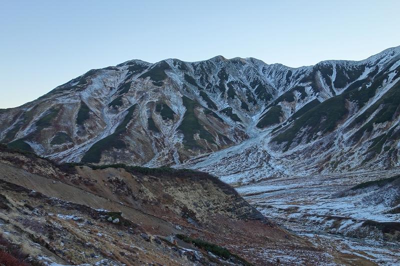 立山の早朝トレッキング_d0116009_7505373.jpg