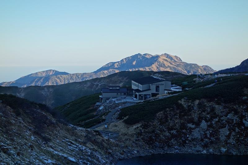 立山の早朝トレッキング_d0116009_81854.jpg