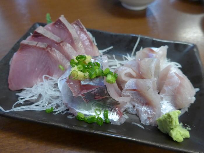 小田原魚市場場外市場「港の台所なみ」へ行く。_f0232060_20241112.jpg