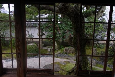 日本の美意識          _b0101300_1047619.jpg