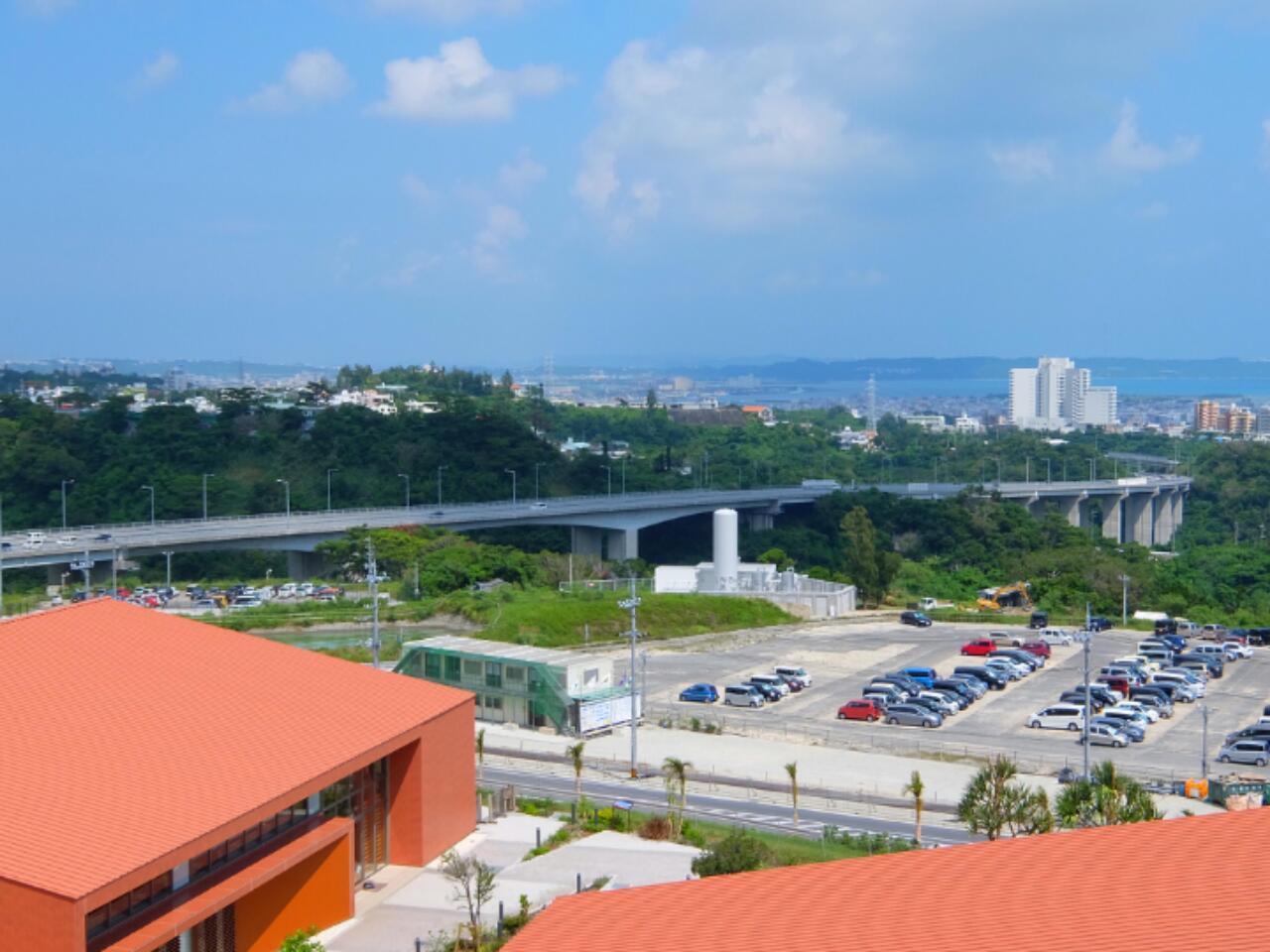 《SW沖縄の旅》ステーキとマラサダ~昼のAEONライカム~_b0344006_12543887.jpg