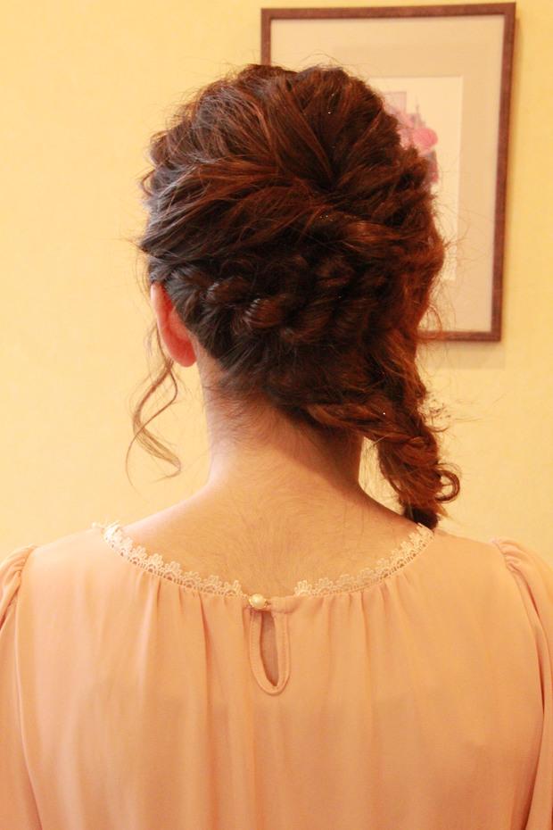 結婚式 髪型 ヘアアレンジ ラプンツェル エルサ 編み込み ルーズ