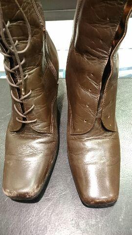 レディースのブーツのお手入れ(柔らかい革編)_b0226322_12165379.jpg