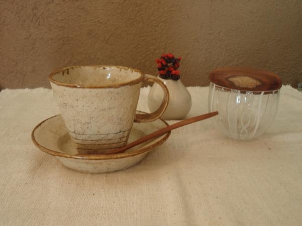 内田京子さんのカップと組み合わせて_b0132442_17525466.jpg