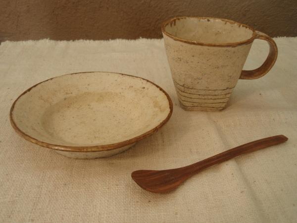 内田京子さんのカップと組み合わせて_b0132442_17530405.jpg