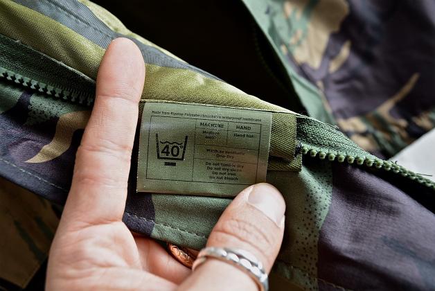 U.K army DPM camouflage Gore-tex jacket dead stock_f0226051_14371812.jpg