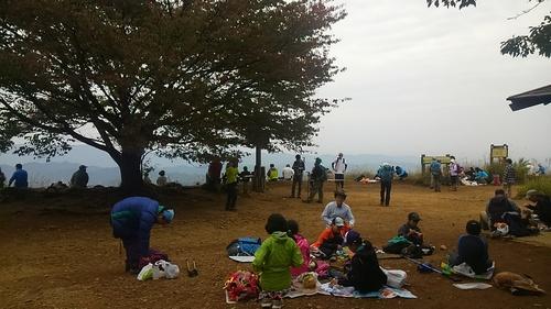 山登り_e0123469_0435071.jpg