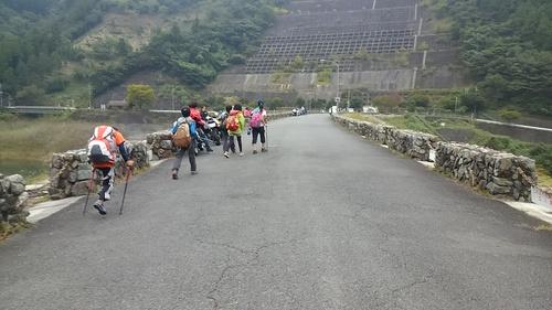 山登り_e0123469_0445347.jpg