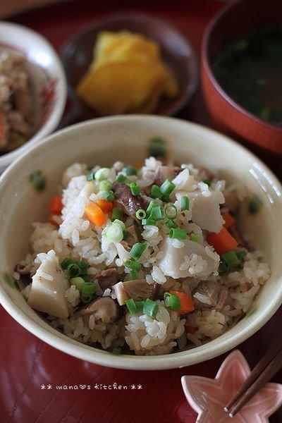 焼き鮭と常備菜弁当 ✿ ちんぬくじゅーしぃ♪_c0139375_1116384.jpg