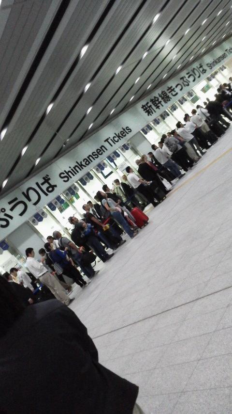 台風と新幹線_d0339676_11260578.jpg