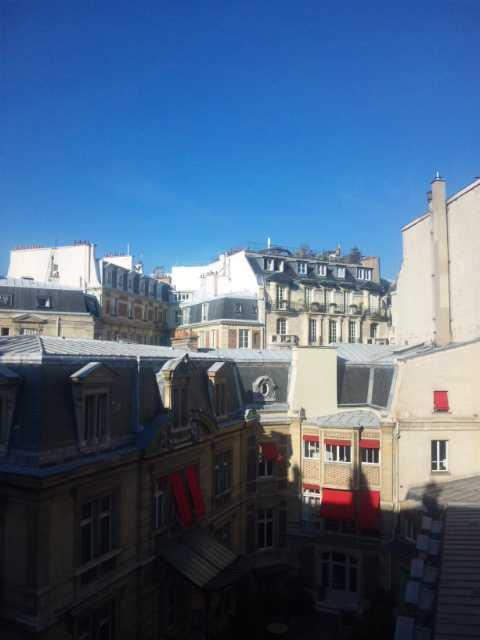 パリ、日曜日の朝_d0339677_11461513.jpg