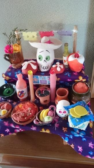 メキシコでは『死者の日』ですね_c0325278_18234714.jpg